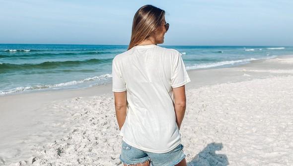 146439 no bad days at the beach short sleeve tee women cream slider4 original