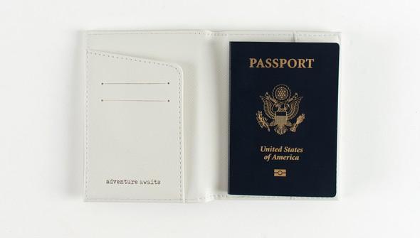 44762 hw passportholder slider 2 original