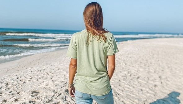118871 beach merry lights short sleeve tee  women seagreen slider6 original