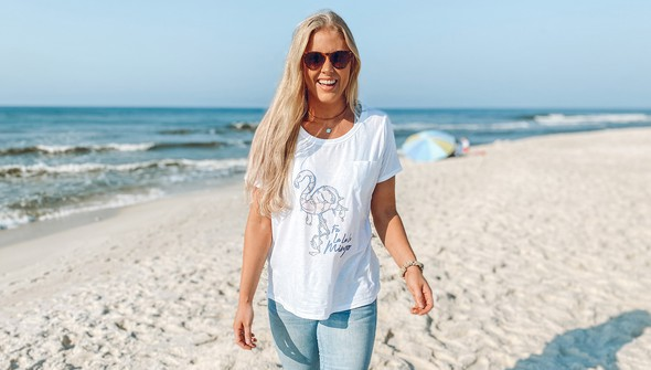 119004 falalalalamingo slouch tee women white slider2 original
