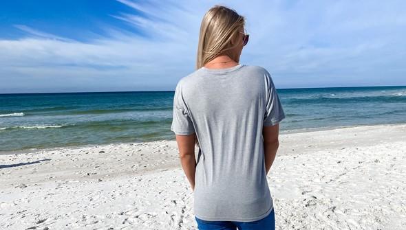 134200green beach blonde ale short sleeve tee women ash slider5 original