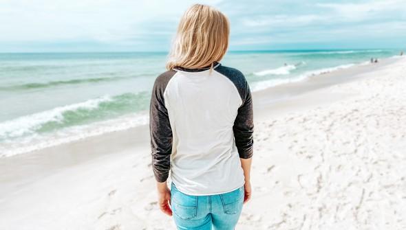 118363 beachspookybaseballteecreamcharcoalwomensslider3 original