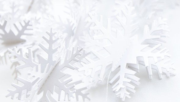 58563 snowflakegarland slider2 original
