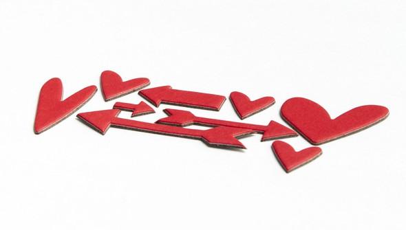 94303 redchipboardheartsandarrows slider2 original