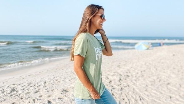 118871 beach merry lights short sleeve tee  women seagreen slider5 original