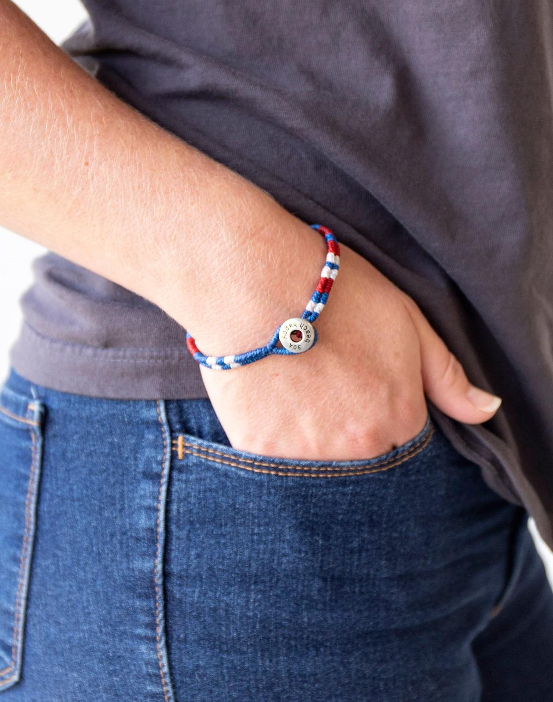 153939 braceletsforachangeredwhiteblue slider2
