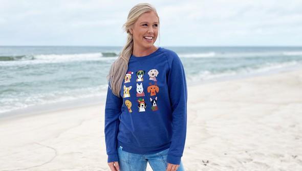 121077 christmas dogs crew sweatshirt women washedblue slider1 original