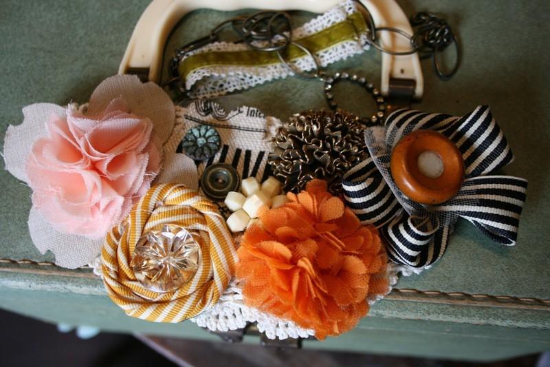 Ma bib necklace