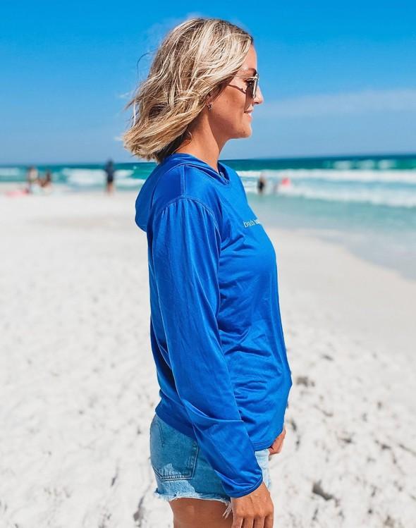 152552 simple beach happy hooded sun shirt royal women slider 4 original