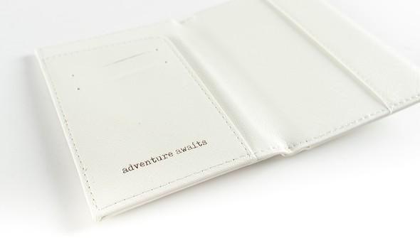 44762 hw passportholder slider 3 original