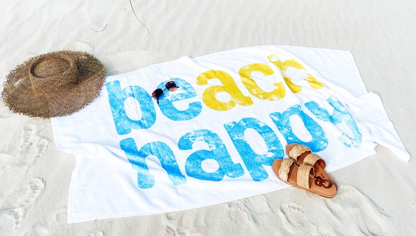 110948 beachhappytowel slider2 original