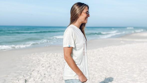 146439 no bad days at the beach short sleeve tee women cream slider3 original