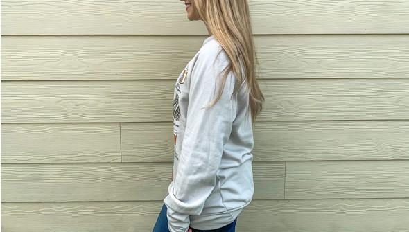 Cd138 fall favorites sweatshirt heather resize 2644 0002 photo sep 15  5 05 19 pm original