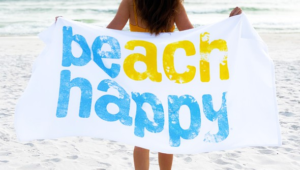 110948 beachhappytowel slider1 original