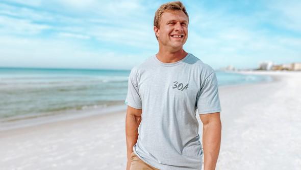 129461 sketched beach short sleeve tee   men   ash slider2 original