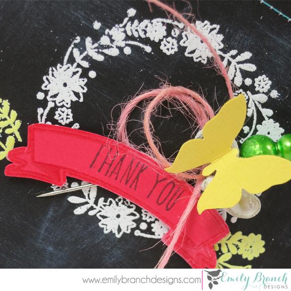 Chalkboardwreathcard closeup2