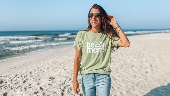 118871 beach merry lights short sleeve tee  women seagreen slider2 original
