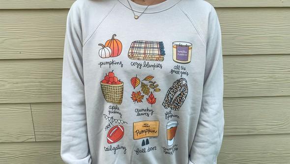 Cd138 fall favorites sweatshirt heather resize 2644 0000 photo sep 15  5 05 27 pm original