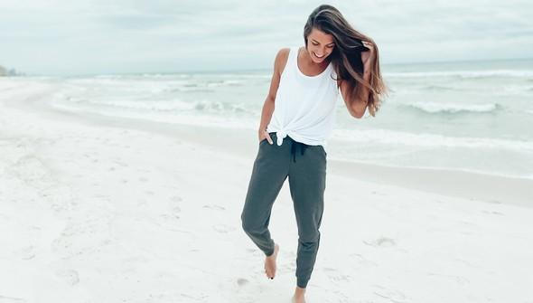 121383 fleece joggers women gray slider2 original