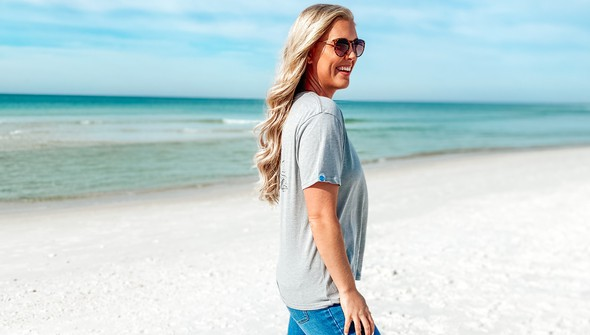 129461 sketched beach short sleeve tee   women   ash slider4 original