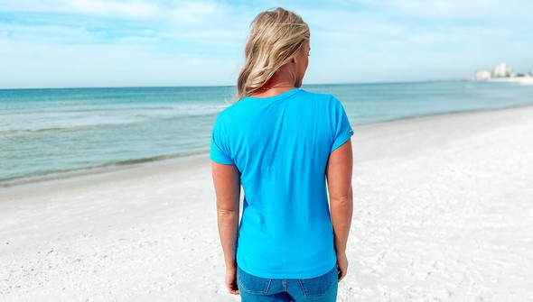 128994 beach love by callie danielle v neck tee women 30a blue slider5 original