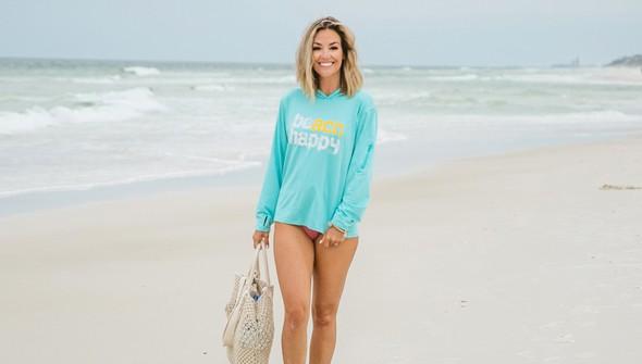 152539 beach happy%25c2%25ae hooded sun shirt women seafoam slider2 original