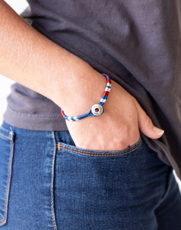 153939 braceletsforachangeredwhiteblue slider2 original