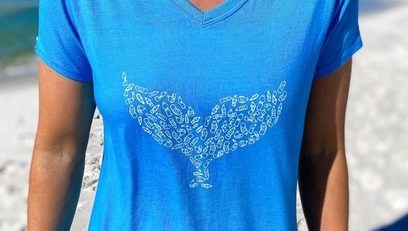 137622 whale tail bottles v neck tee women 30a blue slider3 %25281%2529 original