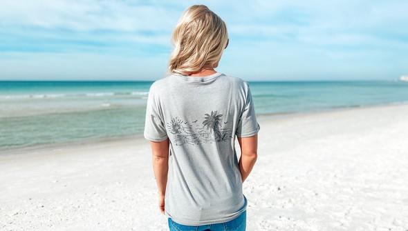 129461 sketched beach short sleeve tee   women   ash slider1 original